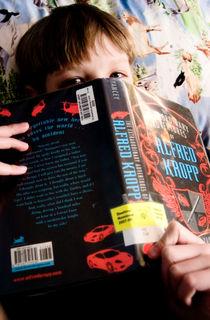Calvin reading9